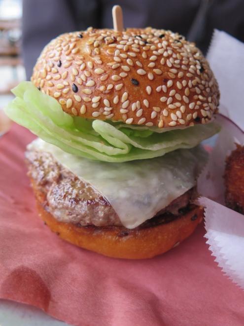 4505 Best Damn GrassFed Cheeseburger